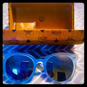 NEW MCM BLUE PLASTIC THICK SUNGLASSES